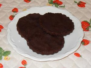 Low Carb Dark Raspberry Chocolate Disks